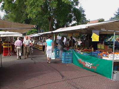 Weekmarkt in 's-Gravendeel