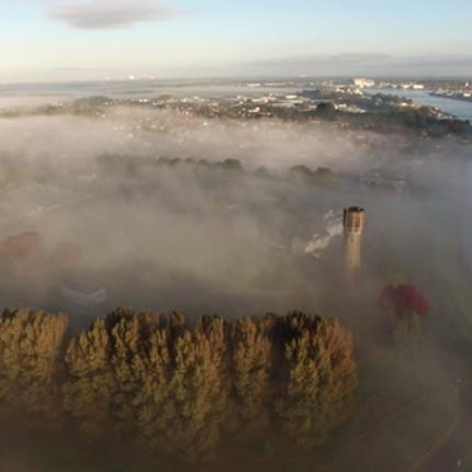 Fotocolumn 's-Gravendeel - 's-Gravendeel in de mist