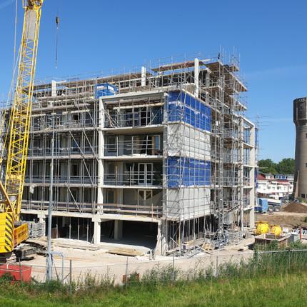 Fotocolumn s-Gravendeel - Nieuwbouw bij de watertoren