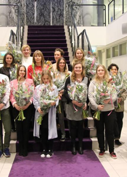 Foto bij 'Maartje Leek winnaar Kunstprijs Binnenmaas 2017'